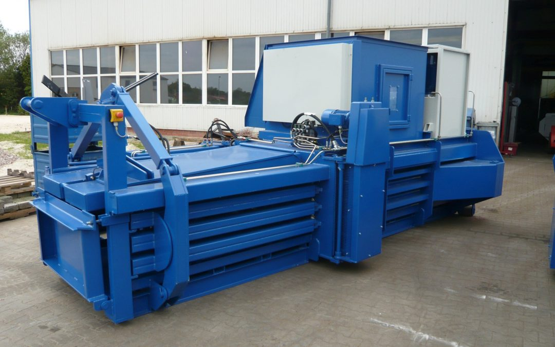 The benefits of using the automatic and semi-automatic baler